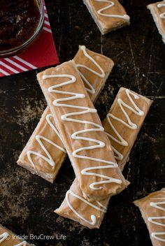 Glazed Apple Butter Shortbread Bars on MyRecipeMagic.com