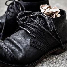 ierib tecta derbies. 2016aw もう本日昼過ぎには到着致します。  今季は豪質なホースバットをメインにセレクトしています。シューズ、バッグ、ウェアで統一してみるのも良いかもしれません!  BRAND / #ierib #🇯🇵 STORE / #deviant #愛知セレクトショップ  #名古屋セレクトショップ  #イエリブ #pfw #derby #boots #leathershoes #horseleather #artisanmade #レザー  DEVIANT名古屋 取り扱いブランド #isamukatayamabacklash #theviridianne #armyofme #afartefact #n07 #nudemasahikomaruyama #obscur #masnada #byhnewyork #firstaidtotheinjured #10sei0otto #moonagedevilment #galaabend #etcloom_deviant
