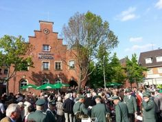 Gestern wurde das neue Brauhaus im historischen Rathaus in Pulheim feierlich eröffnet.