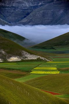 Castelluccio, Umbria, IT by Giudiciluigi