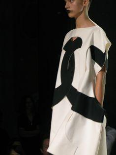 Comme-des-garcons-ss-2014-dress-1
