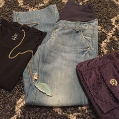 """H&M maternity jeans size 10 inseam 31"""" H&M mama maternity jeans size 10 inseam 31"""". Super wide leg and so boho chic! Gentle preloved condition with minimal signs of wear. Shop with us to dress your bump for less Bundle me for savings! H&M Jeans Flare & Wide Leg"""