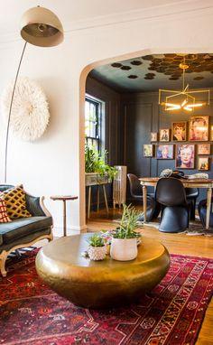 Home Interior Design — Lauren's Bright & Bold Chicago Apartment Chicago Apartment, My Living Room, Home And Living, Living Spaces, Modern Living, Decoration Inspiration, Room Inspiration, Decor Ideas, Living Colors