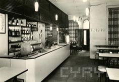 Poznańskie lokale gastronomiczne z lat na zdjęciach CYRYL-a Architecture, Childhood Memories, Nostalgia, Polish, Home Decor, Historia, Arquitetura, Vitreous Enamel, Decoration Home