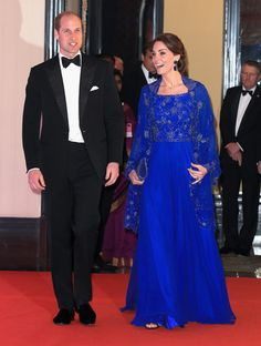 Prince William & Kate Middleton Attend Bollywood-Inspired Charity Gala During Royal Visit to India Kate Middleton Prince William, Prince William And Catherine, William Kate, Kate Middleton Photos, Kate Middleton Style, Duchess Kate, Duke And Duchess, Princesa Real, Princesa Kate Middleton