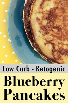 These are hands down the World's Best Low Carb Blueberry Ricotta Pancakes. No question. And each serving has just net carbs. Paleo Chicken Recipes, Paleo Recipes, Low Carb Recipes, Sin Gluten, Blueberry Ricotta Pancakes, Keto Pancakes, Waffles, No Carb Food List, Easy Freezer Meals