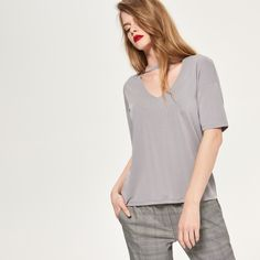 http://www.reserved.com/pl/pl/sale2/woman/tops/rd744-09x/blouse-with-choker