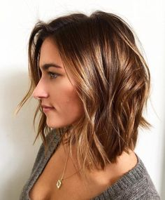 hair lengths medium shoulder Slightly triangular, textured long bob with long layers and soft perimeter. Looks great air dried with styling cream, blown strait with smoothing spray or styled with beachy waves using texture spray. Haircuts For Thin Fine Hair, Long Bob Hairstyles, Medium Thin Hairstyles, Long Bob Thin Hair, Celebrity Hairstyles, Wedding Hairstyles, Short Haircuts, Long Pixie, Short Wavy