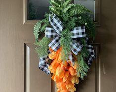 Crochet easter wreath door decoration easter door wreath door   Etsy Pink Wreath, Tulip Wreath, Wreath Burlap, Spring Door Wreaths, Easter Wreaths, Holiday Wreaths, Easter Crafts, Easter Decor, Easter Ideas