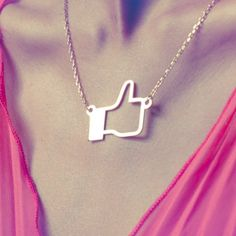 I Like pendant – Social networks style jewelry from Lysandre Follet