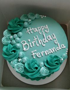 Rosetones birthday cake – cake – Famous Last Words Buttercream Cake Designs, Buttercream Birthday Cake, Cake Decorating Frosting, Cake Decorating Designs, 13 Birthday Cake, Creative Cake Decorating, Cake Decorating Videos, Birthday Cake Decorating, Cake Decorating Techniques