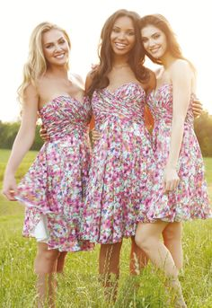 Sleeveless  Pink Chiffon Knee Length Bridesmaid Dress with Crystal Ribon