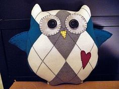 Owl super cute!  Made from a sweater.