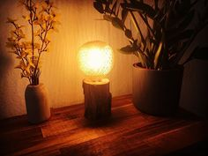 Akin Woodworker (@akin_woodworker) • Instagram-Fotos und -Videos Mason Jar Lamp, Table Lamp, Woodworking, Lighting, Videos, Instagram, Home Decor, Diy Lamps, Table Lamps