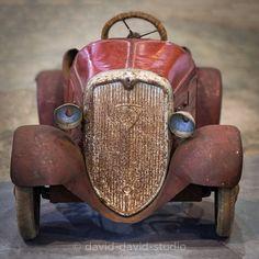 old tin child's toy car ~