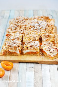 Pleśniak apricots pastry cake Pastry Cake, Banana Bread, Cooking Recipes, Sweets, Food, Patisserie Cake, Gummi Candy, Chef Recipes, Candy
