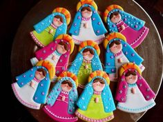 Virgencitas Plis para la Primera Comunión de Estefanía en Magangué Fun Cookies, Cupcake Cookies, Sugar Cookies, Decorated Cookies, Catholic Icing, Baptism Cookies, Royal Icing Cookies, First Communion, Themed Cakes