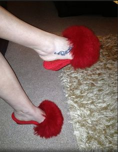 Red Mules, Fur Heels, Vintage Fur, Fur Slides, Slippers, Womens Fashion, Clogs, Sexy, Ladies Capes
