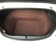 This trunk liner fits inside the trunk of your ND. It will give a nice look to your interior but also reduce the noise getting in the passenger compartment. – Leather/rubber combination – High quality material – Waterproof – Washable very easily – Scratch resistant Please check the pictures attached for the choice of material colors available and for a sample of what we shipped to our customers already.