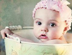 cute baby. :)