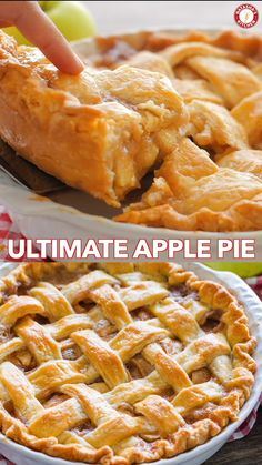 Apple Pie Recipe with the Best Filling! Apple Pie Recipe with the Best Filling! The only Apple Pie Recipe you will need! The pie crust is perfection and the filling will surprise and delight you. Everyone has to make this Apple Pie! Pie Crust Recipes, Apple Pie Recipes, Apple Desserts, Köstliche Desserts, Delicious Desserts, Yummy Food, Tasty, Baking Apple Pie, Apple Pie Recipe Granny Smith