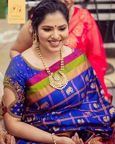 new look to saree, redesign saree, blouse ideas, blouse designs Wedding Saree Blouse Designs, Pattu Saree Blouse Designs, Blouse Designs Silk, Designer Blouse Patterns, Skirt Patterns, Coat Patterns, Sewing Patterns, Blouse Back Neck Designs, Simple Blouse Designs