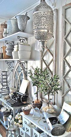 Garden Supplies . romantiskahem.blogspot.com