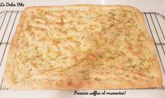Focaccia soffice al rosmarino! Macaroni And Cheese, Baking, Ethnic Recipes, Food, Bread Making, Patisserie, Essen, Mac And Cheese, Backen