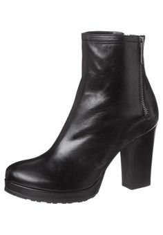 Apair - High heeled ankle boots - black