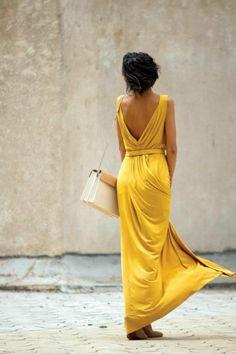 jolie robe jaune, femme élégante, robe d'été tendance dans la mode pour 2015