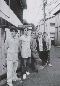Definitely Maybe: Misc Gallery Liam Gallagher Noel Gallagher, Oasis Music, Oasis Band, Band Photography, Music Station, Britpop, British Invasion, Best Rock, Van Halen