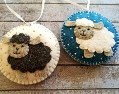 Felt Christmas Sheep ornament, Sheep Christmas Ornament, Sheep Decoration, Snowing Ornament, White & Black Sheep Christmas Decoration, Decor