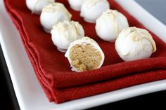 These Nutter Butter Truffles look easy!  Ingredients:  1 package nutter butters  1 package (8 oz) cream cheese, softened  white chocolate discs for melting  peanut butter for drizzling  white chocolate for drizzling