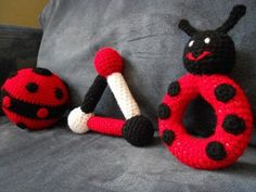 free - Ladybug Baby Toy  Crochet Pattern  Copyright © Jessica Boyer 2011 All Rights Reserved.