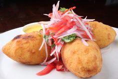 Papas rellenas :))))) Peruvian food. Peruvian Dishes, Peruvian Cuisine, Peruvian Recipes, Bolivian Food, Gourmet Recipes, Cooking Recipes, Good Food, Yummy Food, Spanish Dishes
