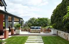 The 10 Perfect Outdoor Landscaping Easy outdoor landscaping Suggestions for Summer The 10 Perfect Outdoor Landscaping - Home landscaping can be simple and enjoyable for everyone in the . Landscape Design Software, Modern Landscape Design, Landscape Architecture Design, House Landscape, Traditional Landscape, Garden Landscape Design, Contemporary Landscape, Modern Landscaping, Outdoor Landscaping