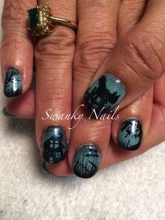 Halloween spooky nails