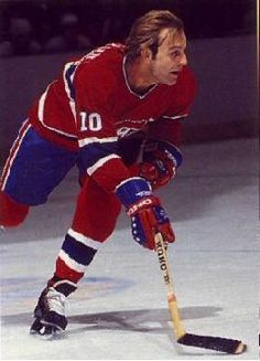 Guy Lafleur Canadiens de Montréal Go Habs Go ! Montreal Canadiens, Mtl Canadiens, Pens Hockey, Hockey Cards, Hockey Teams, Maurice Richard, Hockey Shot, Ice Hockey, Montreal Hockey