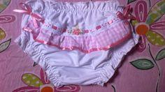 Calcinha infantil bordada em malha de algodão antialérgica. R$ 12,00