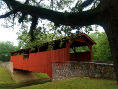 The covered bridge in Burns Park - Arkansas