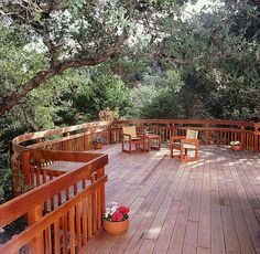 Redwood decks offer beauty, durability and sustainability.