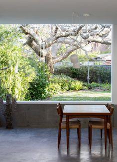 Sydney Cottage by Panovscott