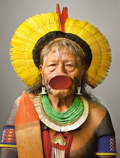 """"""" Raoni Metuktire """" an internationally known chief, is one of the few Kayapo who still wear the mahogany lip plate. Photograph by Martin Schoeller Martin Schoeller, Cultures Du Monde, World Cultures, We Are The World, People Around The World, Guerrero Tribal, Amazon Tribe, Indigenous Tribes, Indigenous Communities"""