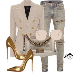 Cream blazer with gold buttons, distressed denim jeans, gold pumps, cream and gold Chanel purse Classy Outfits, Stylish Outfits, Fall Outfits, Fashion Outfits, Womens Fashion, Best Blazer, Look Blazer, Blazer Jacket, I Love Fashion