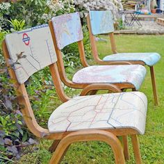 How to upcycle some old wooden chairs by covering them in maps. These map chairs can be personalised by using maps that have special significance to you. Diy Furniture Chair, Diy Chair, Furniture Makeover, Painted Furniture, Unique Furniture, Chair Upcycle, Furniture Buyers, Chair Makeover, Furniture Market