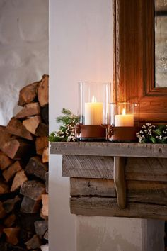 Ralph Lauren Home's Hewes Hurricanes are wrapped in rich leather and cast a warm glow Cozy Cabin, Cozy Cottage, Mantle Styling, Mohawk Home, Winter House, Winter Cabin, Rustic Elegance, Rustic Chic, Country Christmas