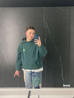Mike Singer, Sweatshirts, Sweaters, Fashion, Moda, Fashion Styles, Trainers, Sweater, Sweatshirt