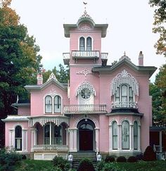 Pink Queen Anne Gingerbread House by alisa