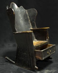 Daryl McMahon, very nice love the black, you could put this chair in any room of the house,