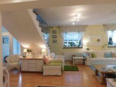 Ezzel a felújítással tavasz költözött a családi otthonba | Lakásművészet Loft, Bed, Furniture, Home Decor, Living Room, Decoration Home, Stream Bed, Room Decor, Lofts